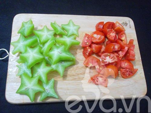Cà chua, khế cắt khúc