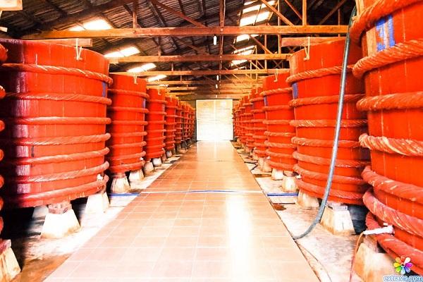 Xưởng sản xuất nước mắm